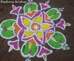 small_flower_colour_kolam