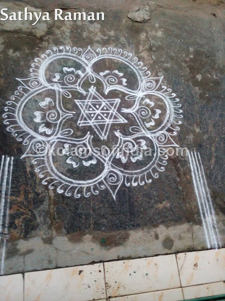 small_star_kolam