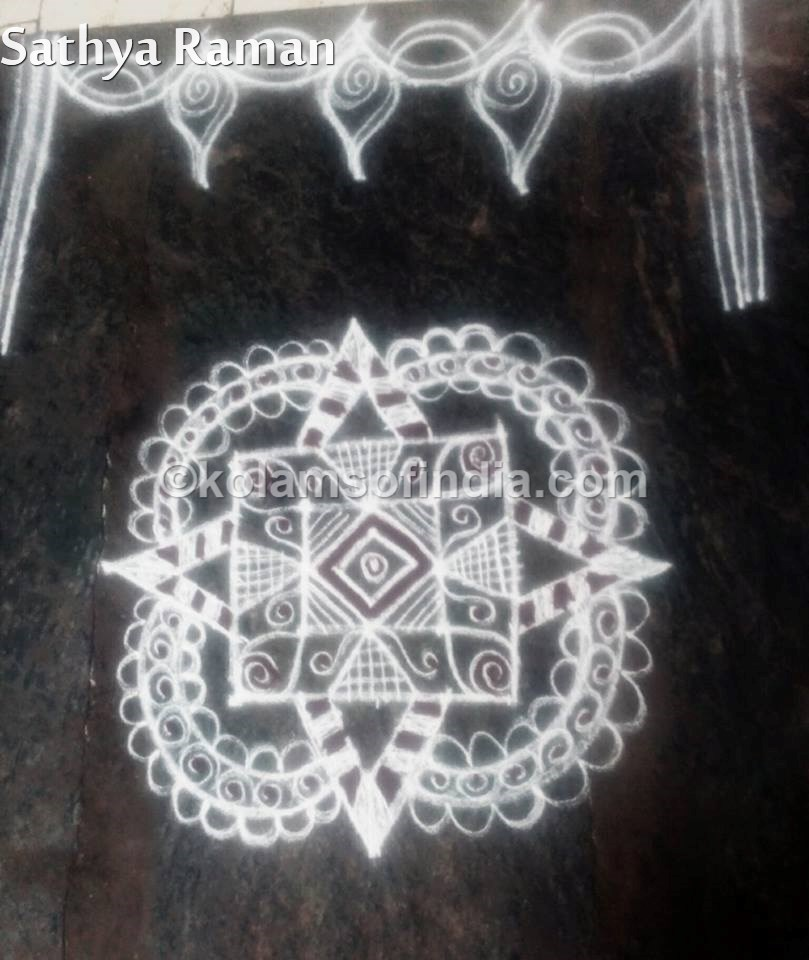 small_white_rangoli