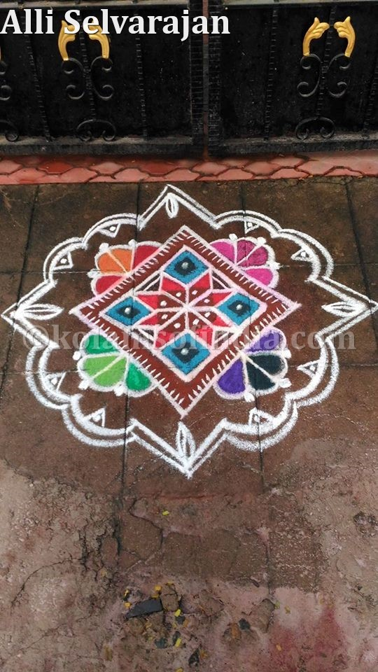 small_flower_kolam