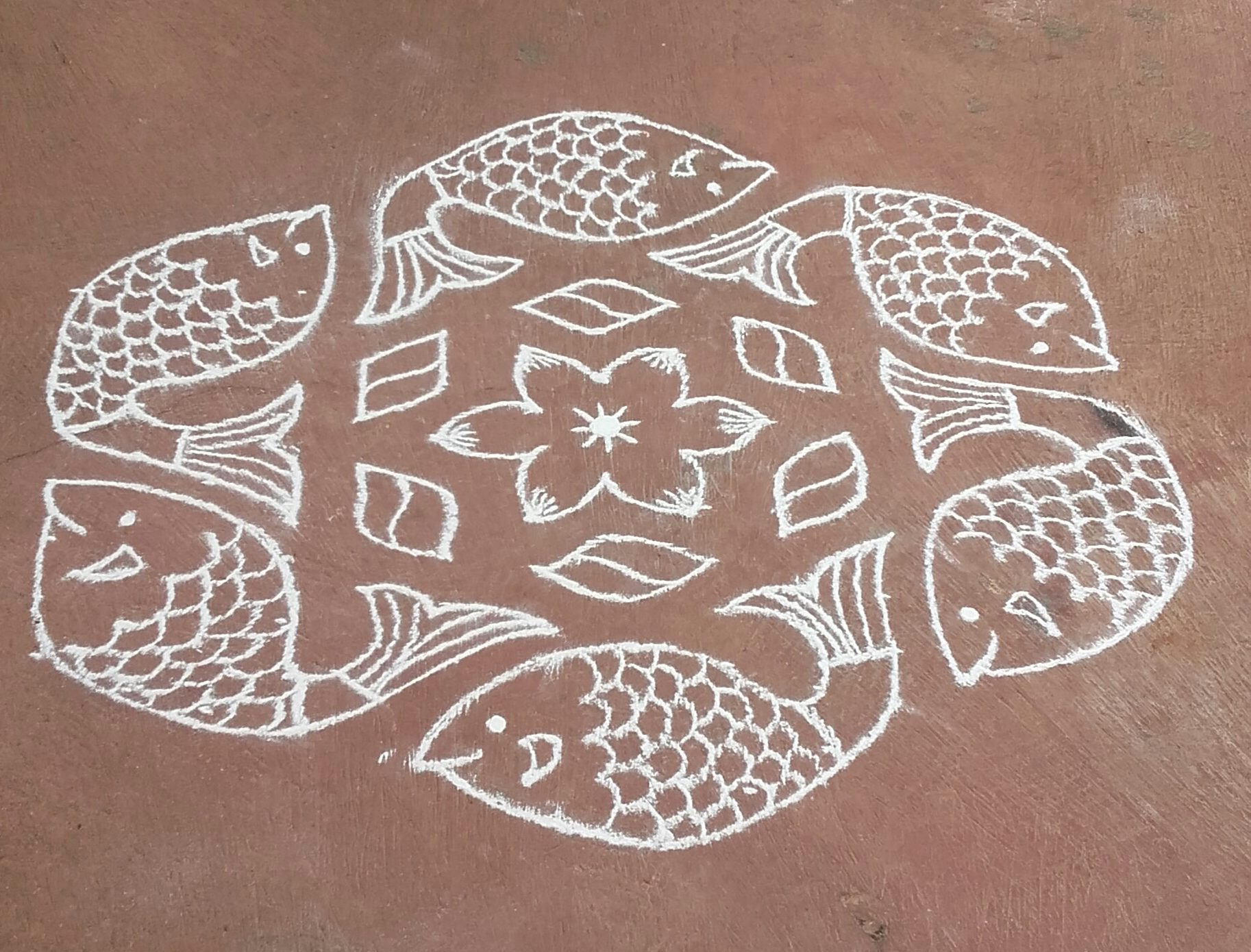 15-8 dots fish kolam