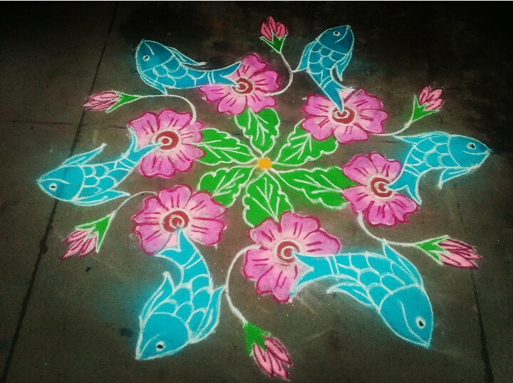 Flower and fish Kolam, colour kolam