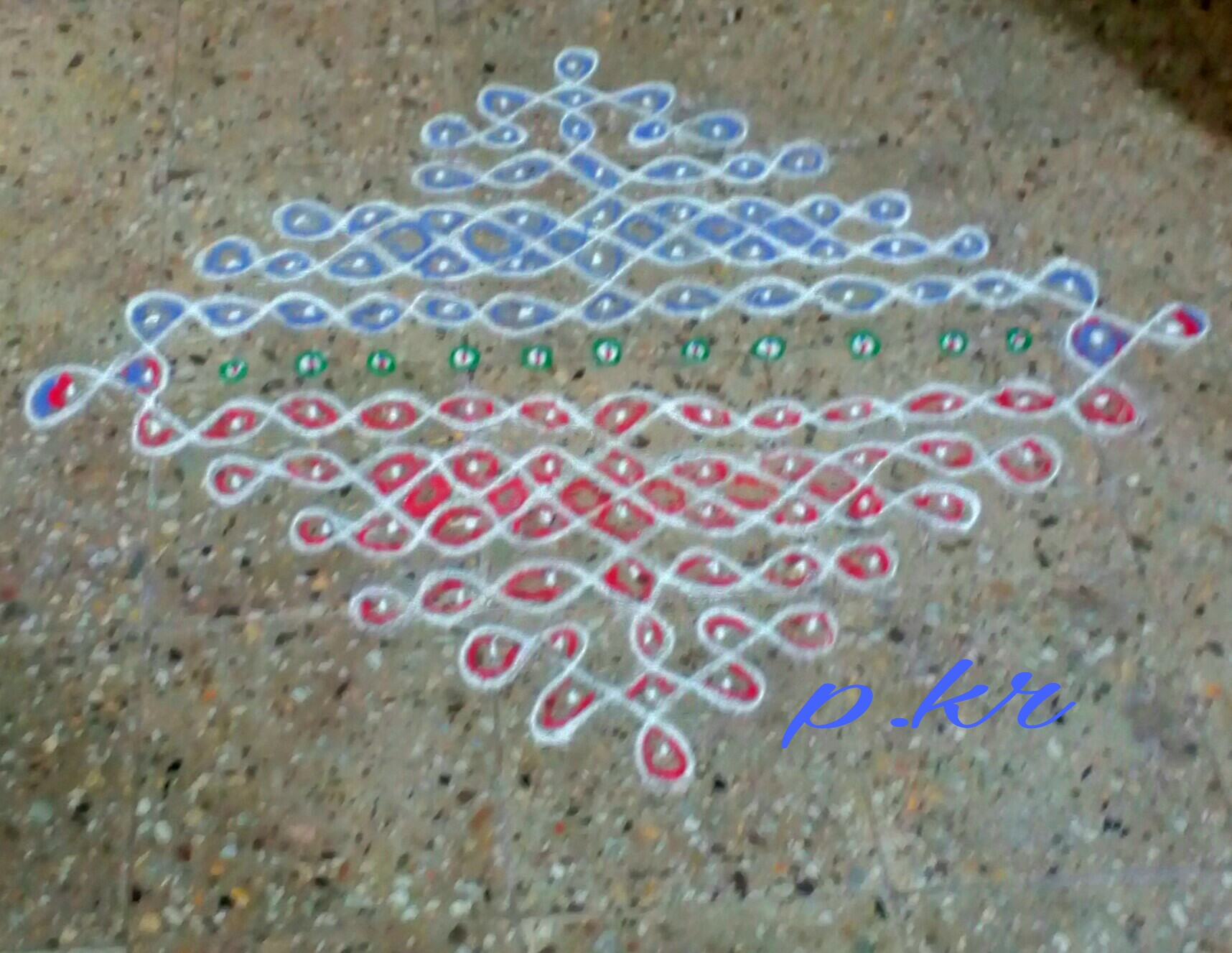 Coloured chikku Kolam with 15 dots