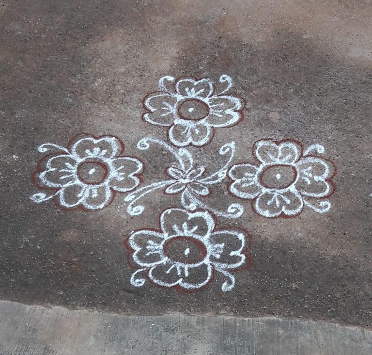 10 dots Flower kolam || Simple Muggulu