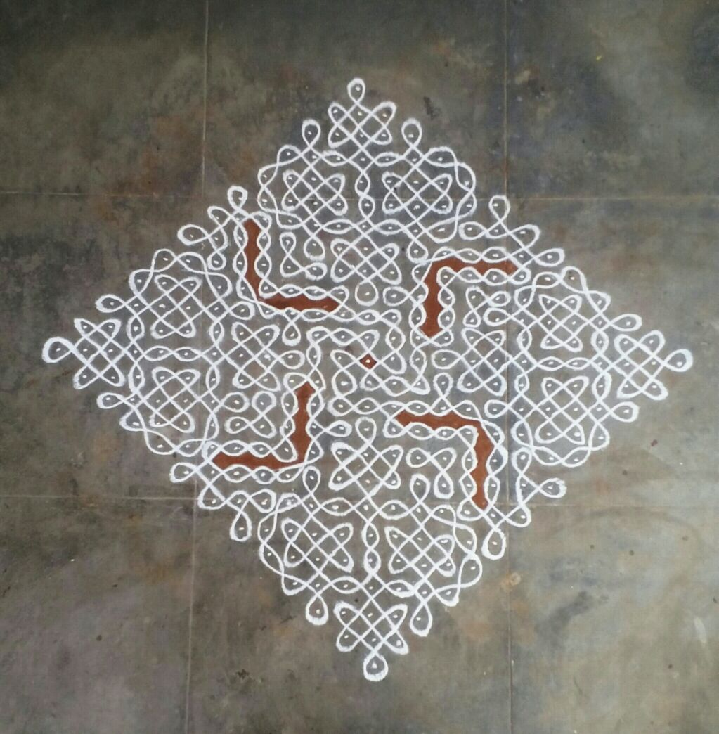 25 dots Chikku with multiple similar pattern || Contest Kolam