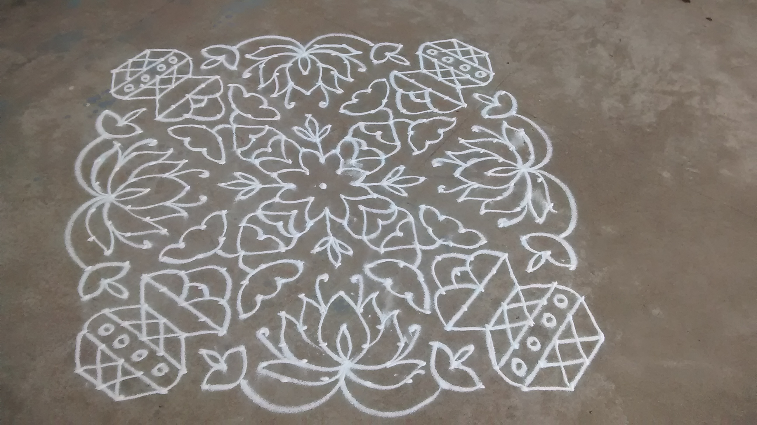 Beautiful Lotus and Kalasa || 25 Dots contest Kolam || Pongal Kolam