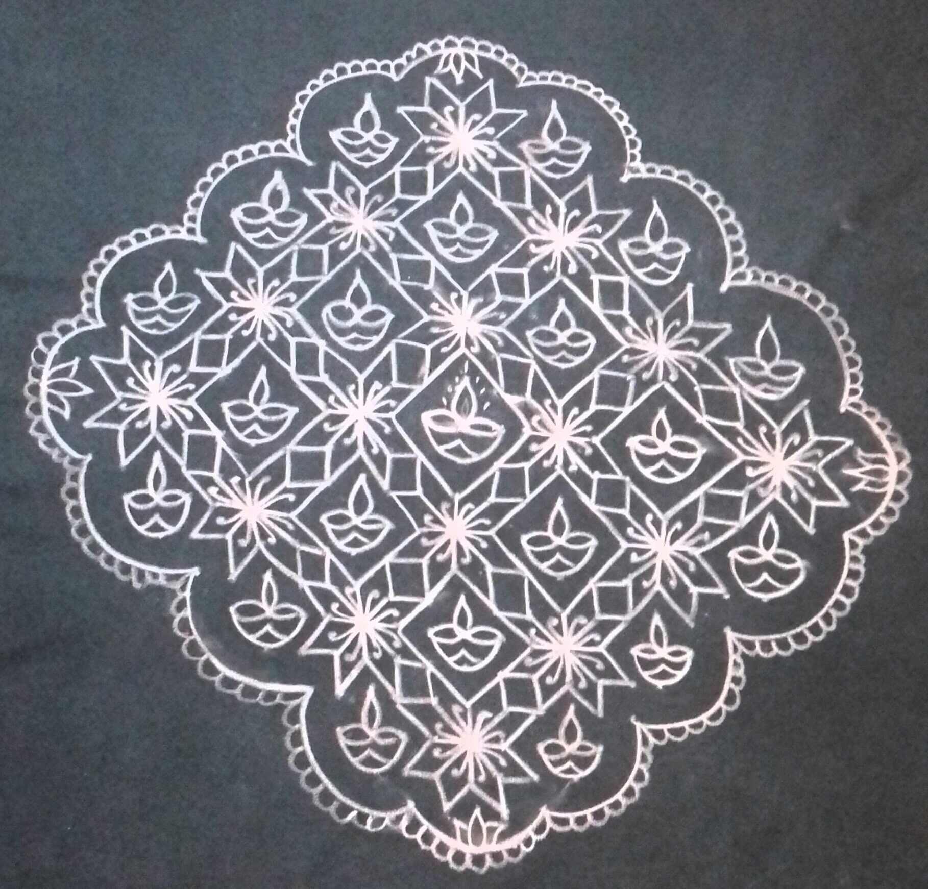 Flower and Diya Kolam || 25 dots contest Kolam