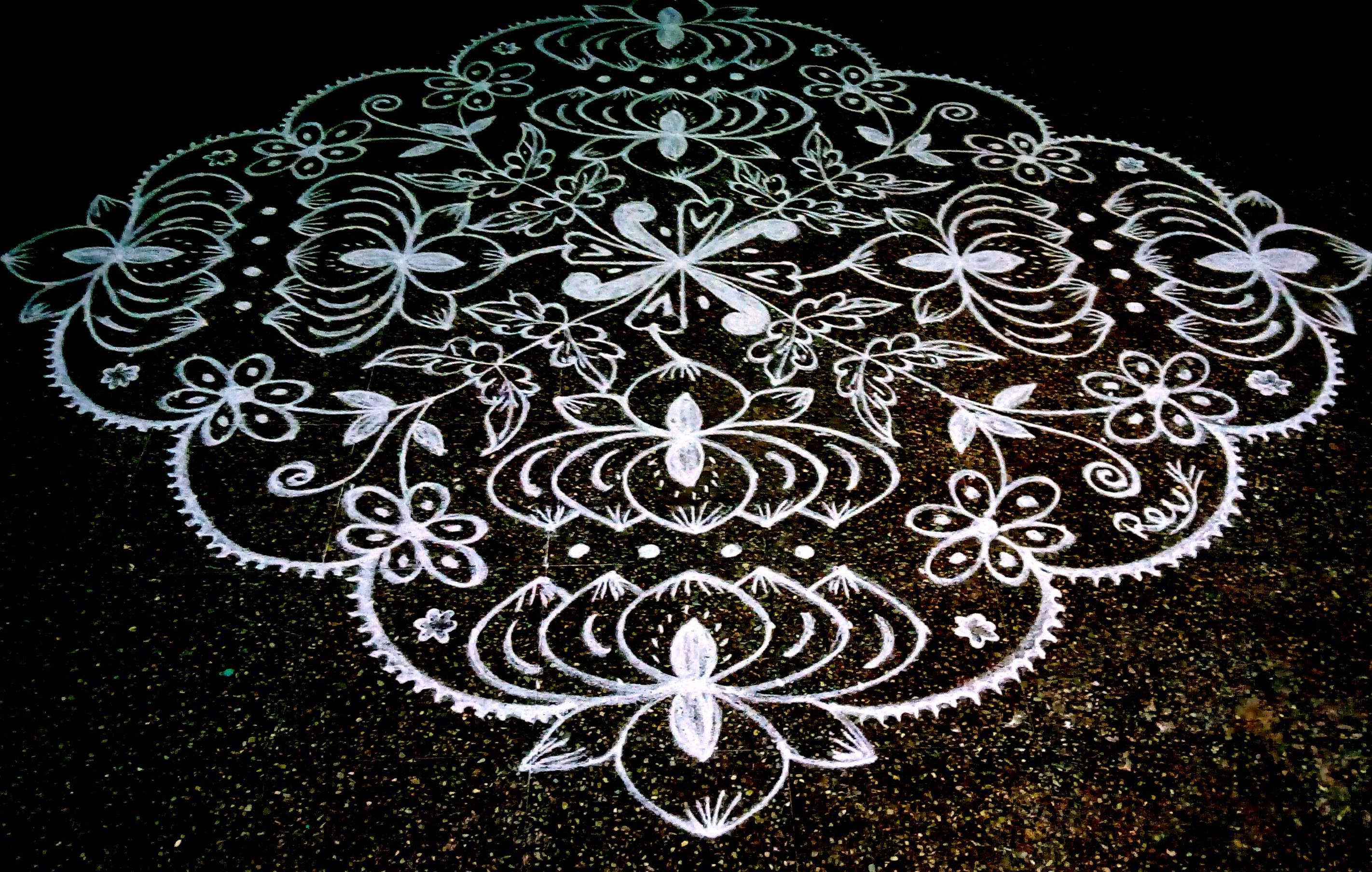 25 dots Lotus Kolam || thamarai kolam for contest